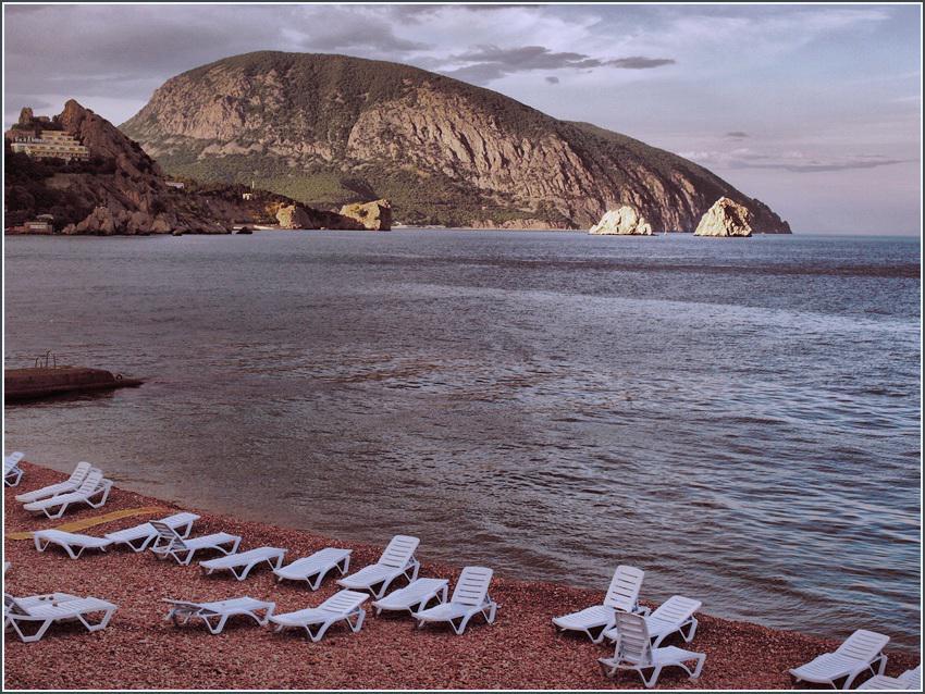 Когда на пляже пусто...