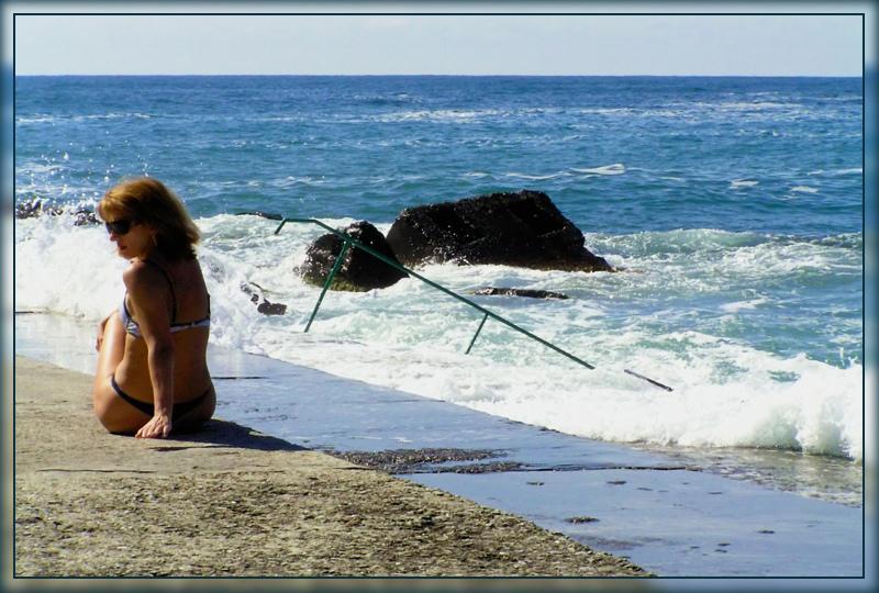 Мадам и море....